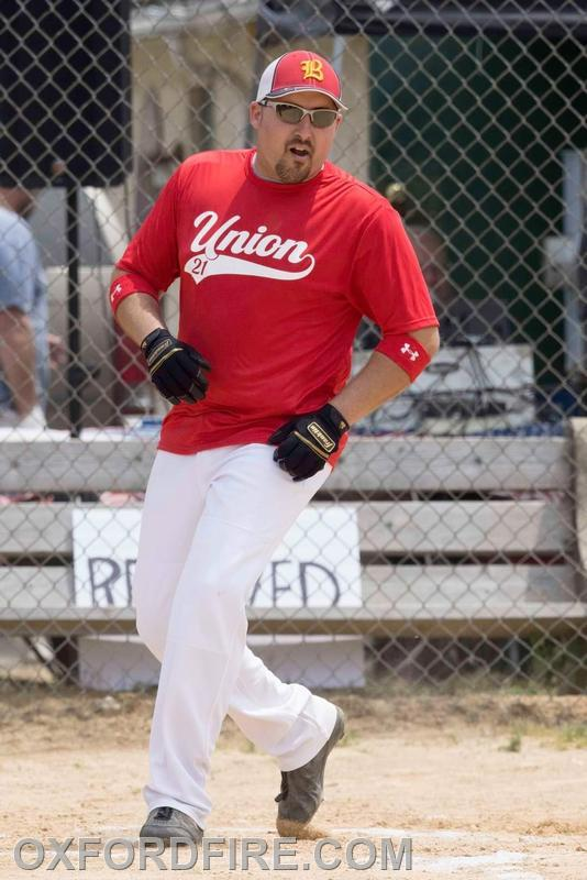 Brian Slauch rounding the bases